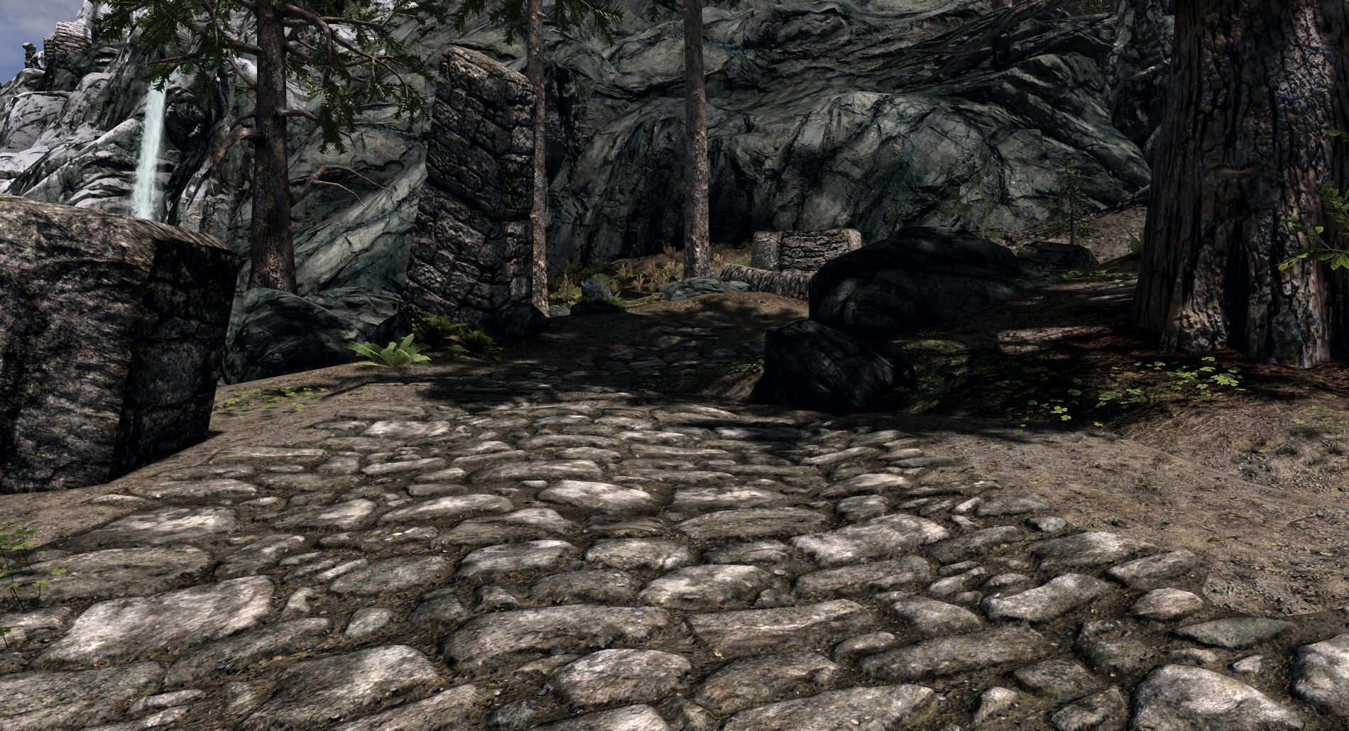 Mighty Fresh Skyrim Roads Textures
